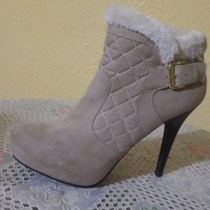 Madeline Shoes - Madeline Girl ankle boots like new beige 8.5